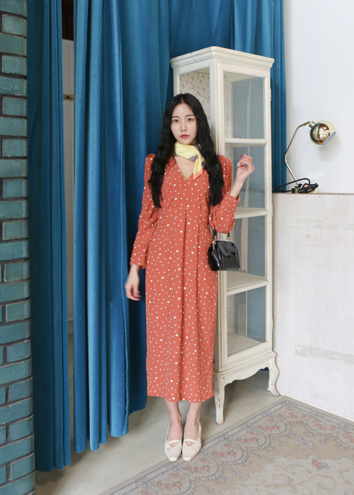 RETRO MOOD DOT V-NECK PUFF DRESS(BRICK, BLACK 2COLORS!)
