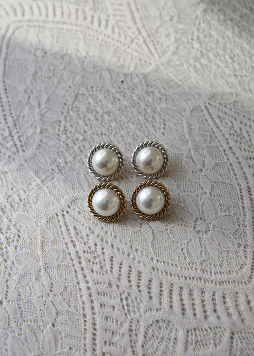 TWIST VINTAGE PEARL EARRING(GOLD, SILVER 2COLORS!)