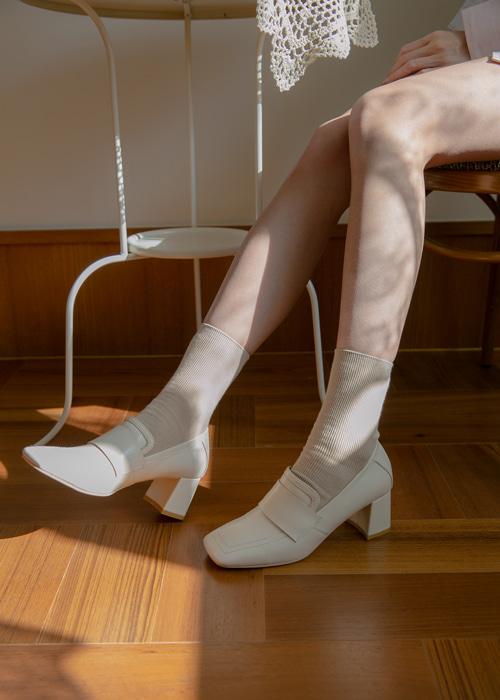 SQUARE TOE MIDDLE HEEL PUMPS(IVORY, BLACK 2COLORS!)