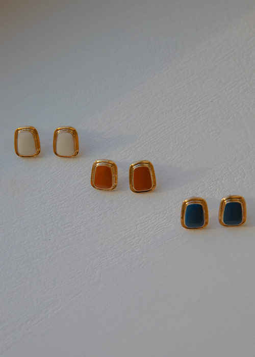VINTAGE SQUARE GOLD EARRING(IVORY, CAMEL, NAVY 3COLORS!)