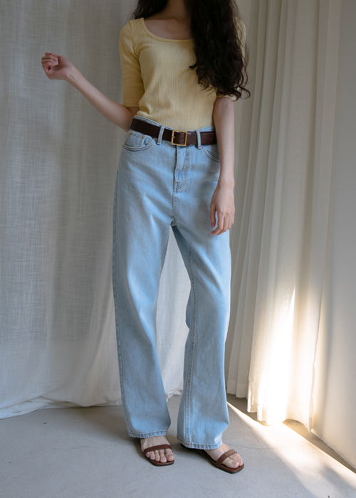 SLIM STRAIGHT WIDE JEAN
