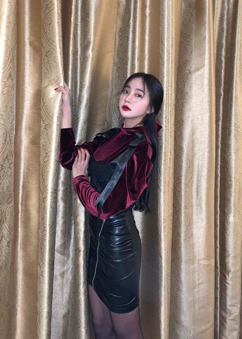 BLANC VELVET PUFF BLOUSE T(BURGUNDY, BLACK 2COLORS!)