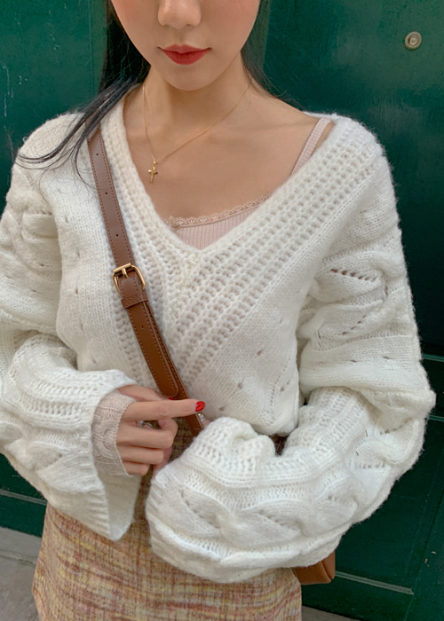 LOOSE LONG V-NECK PUNCHING KNIT(IVORY, GREY 2COLORS!)