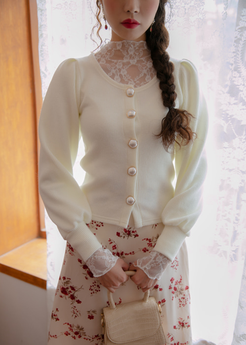 HIGH-NECK LACE LAYERED T SHIRTS(IVORY, BLACK 2COLORS!)
