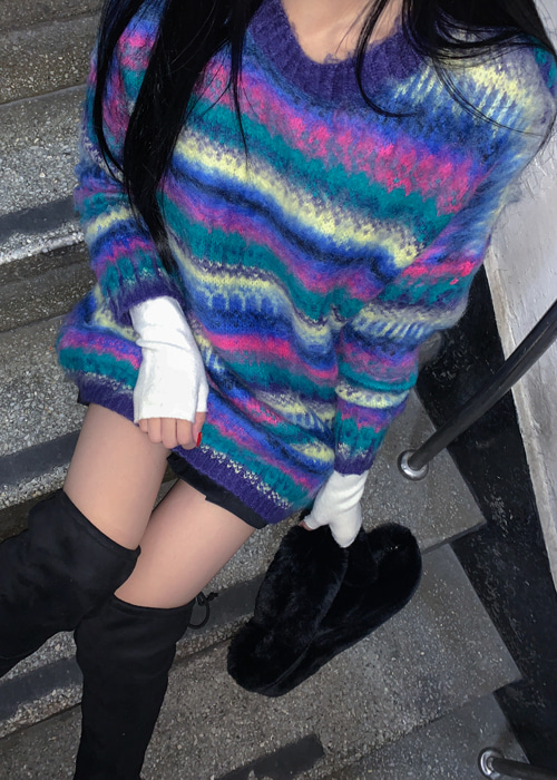RAINBOW OVERFIT KNIT