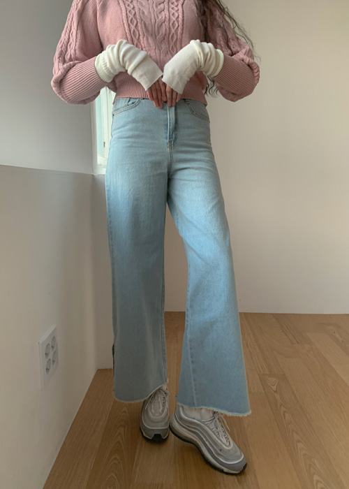 SIDE SLIP WIDE DENIM PANTS