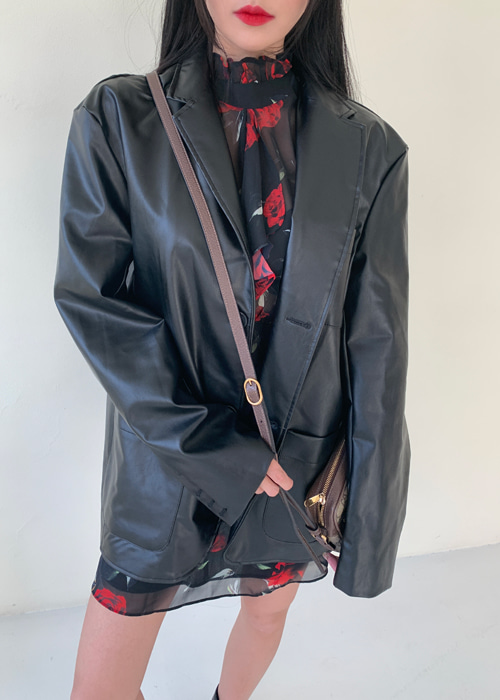 STRAIGHT FIT OVERSIZE LEATHER BLAZER