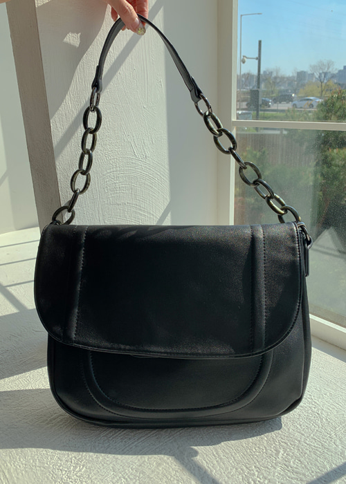 CHAIN SHOULDER BAG(LARGE)