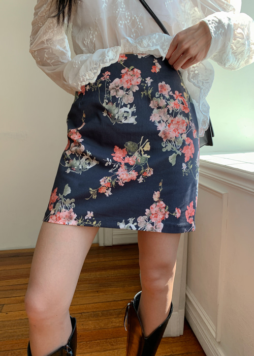 JENNET FLOWER MINI SKIRT(IVORY, NAVY 2COLORS!)