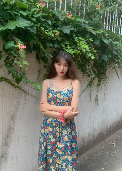 RETRO FLOWER BUTTON DRESS