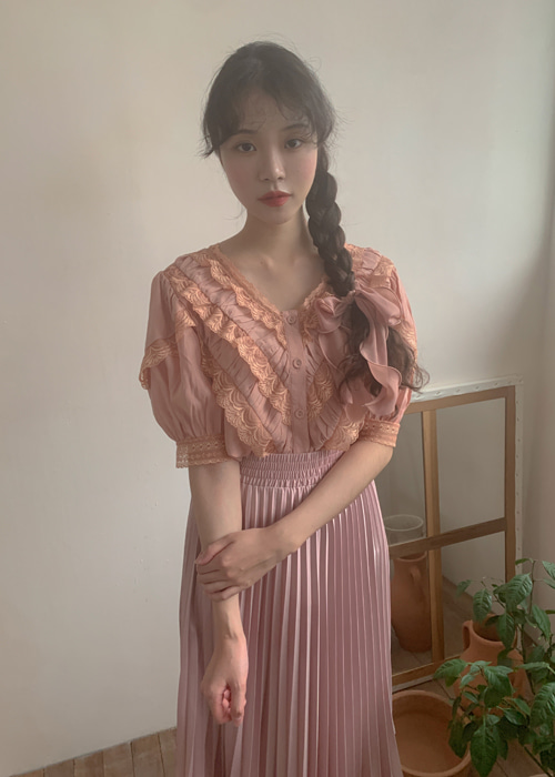 SHUA V-NECK LACE SHIRTS BLOUSE(PEACH, GREEN 2COLORS!)