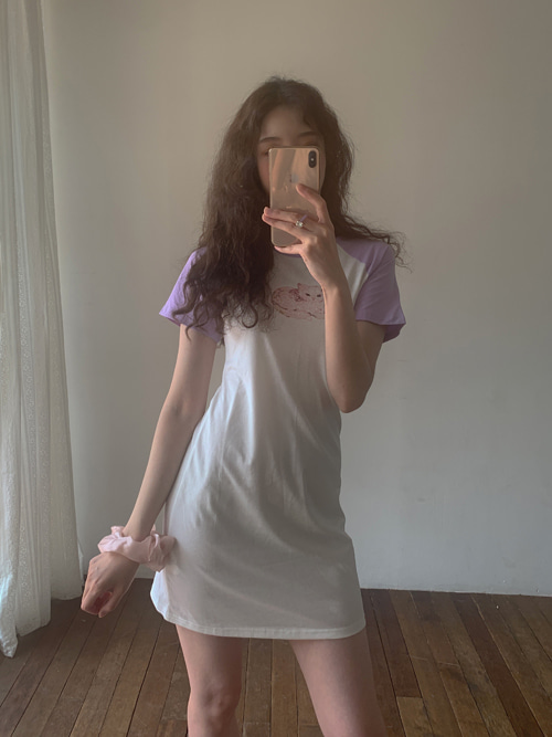 KITTEN RAGLAN SLEEVE DRESS