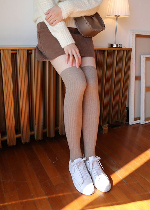 KNEE-HIGH WARM SOCKS(IVORY, BEIGE, MUSTARD, DARK GREY, BLACK 5COLORS!)