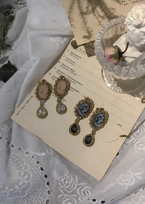 VICTORIA ANTIQUE JEWEL EARRING(BEIGE, BLACK 2COLORS!)