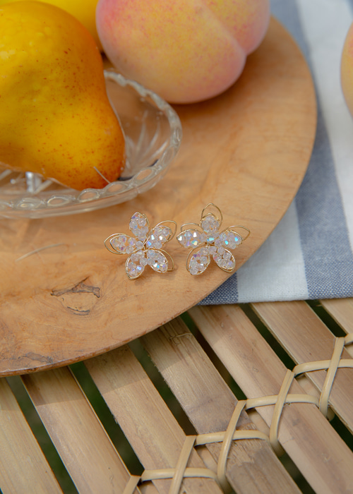 FLOWER CLEAR SHINE EARRING