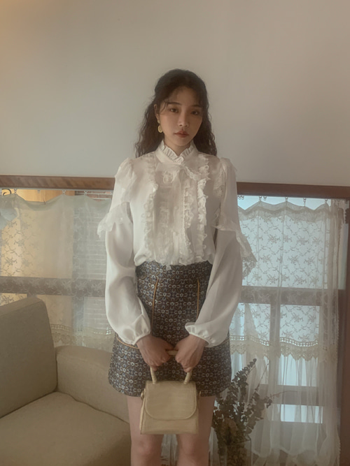 HIGHNECK LACE RIBBON BLOUSE(WHITE, PINK 2COLORS!)