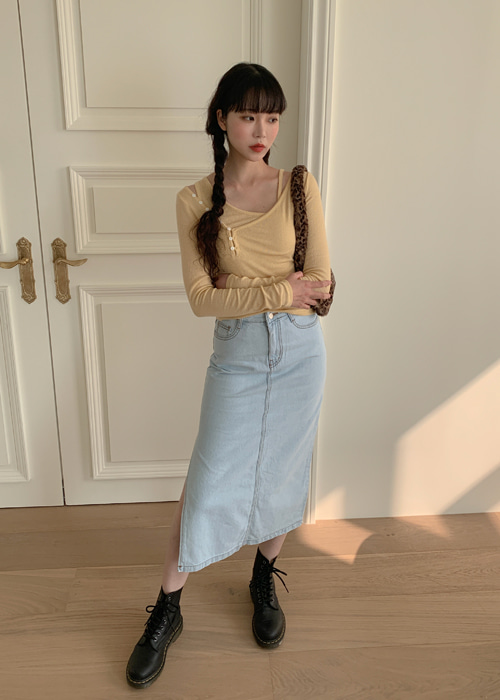 LIGHT WASH SIDE SLIT DENIM LONG SKIRT
