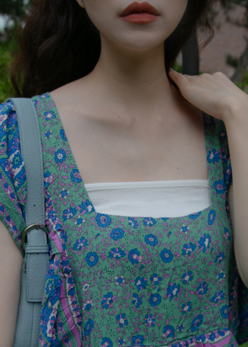 SQUARE SLEEVELESS TOP(IVORY, LIME, VIOLET, BLACK 4COLORS!)