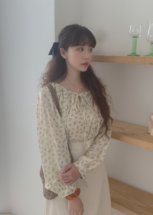 ALICE FLORET RIBBON BLOUSE(CREAM, NAVY 2COLORS!)