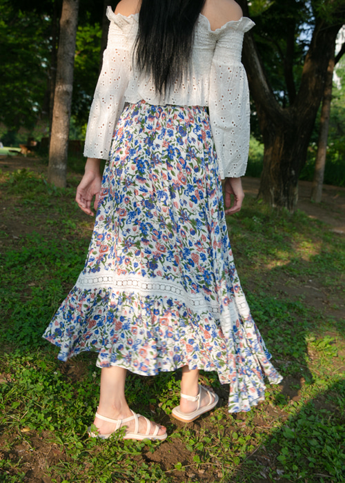 LACE EMBROIDERY FLORAL LONG SKIRT