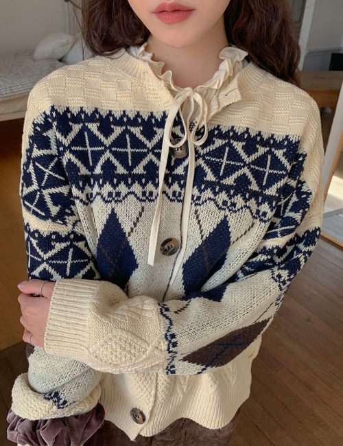 CLASSIC ARGYLE KNIT CARDIGAN(CREAM, NAVY 2COLORS!)