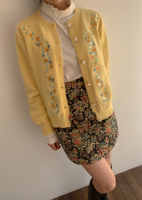 VINTAGE EMBROIDERY PEARL CARDIGAN(IVORY, YELLOW, SKYBLUE 3COLORS!)