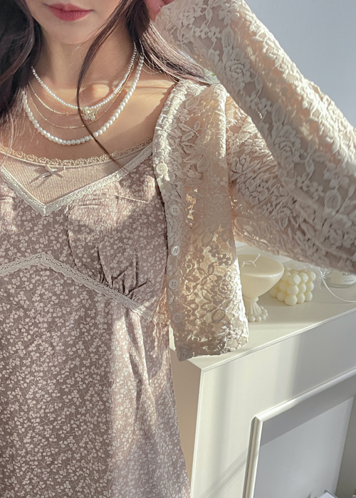 VIVI LACE BUTTON CROP CARDIGAN(CREAM, BURGUNDY, BLACK 3COLORS!)