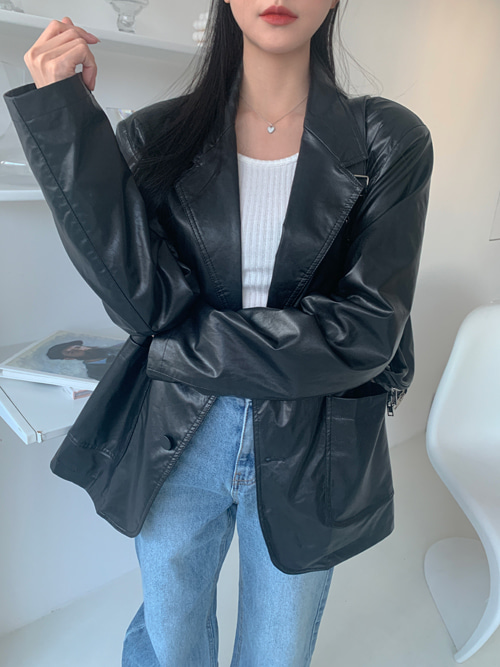 BOYFRIEND FIT LEATHER JACKET(BLACK)