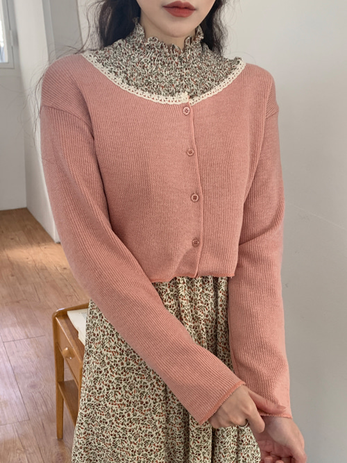 PETIT LACE NECK CROP KNIT CARDIGAN(PEACH, PINK, BROWN, BLACK 4COLORS!)